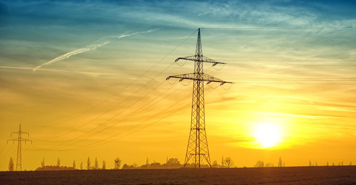 power lines running through the pennsylvania countryside
